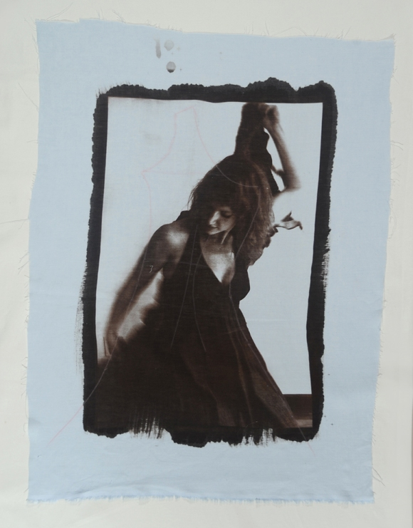 Retrato da artista Luisa Malzoni, revelado com uso de marrom van dyke